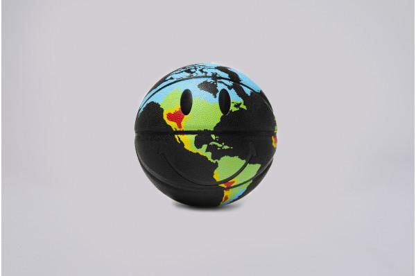 CTM Smiley Global Citizen Ball